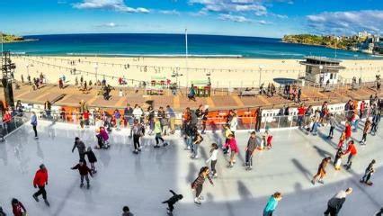 bondi ice skating rink right by the beach