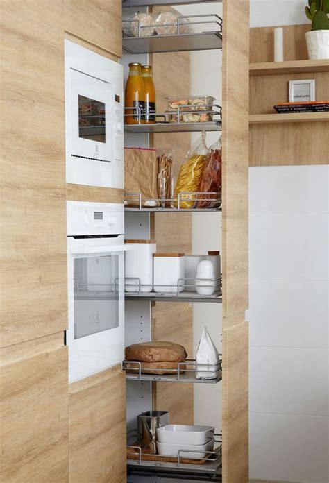 colonne de rangement cuisine 5 idées pour une cuisine maxi rangement colonne de