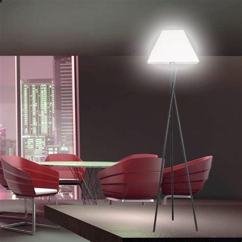 Stehlampe Wohnzimmer Design  Raum Und Möbeldesign Inspiration