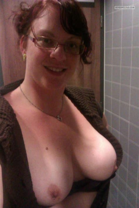 My Big Tits (Selfie) - Topless Assie from Netherlands Tit Flash ID 158868