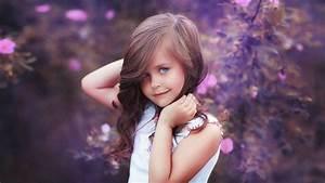 Cute Sweet Baby Girls Hd Wallpapers Download