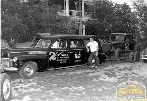 Hearse Tow Car With Modified Dave Dykes' Racing Through