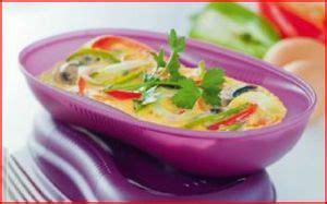 cuisiner avec tupperware cuisiner au micro ondes perrine tup 59