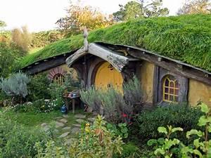 Hobbit Haus Kaufen : photo of the week hobbit house travel blog about southeast asia home is where your bag is ~ Eleganceandgraceweddings.com Haus und Dekorationen
