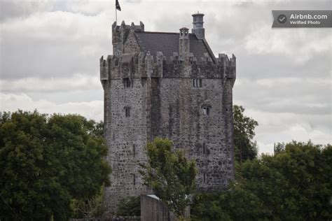 unusual travel accommodation stay   castle