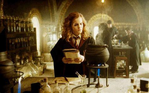 incredible evolution  emma watson  hermione