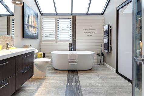 déco salon blanc dans appartement haussmannien déco salle de bain céramique déco sphair