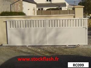 Portail Coulissant Sur Rail : portail coulissant sur rail au sol visser ~ Edinachiropracticcenter.com Idées de Décoration