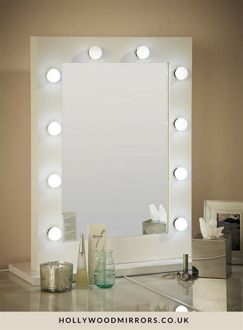 Vanity Table With Lighted Mirror Uk 17 best ideas about mirror with light bulbs on