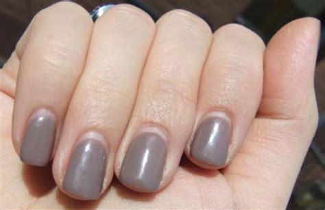 4 Weeks: OPI Axxium Soak-Off Gel Mani - Beautygeeks