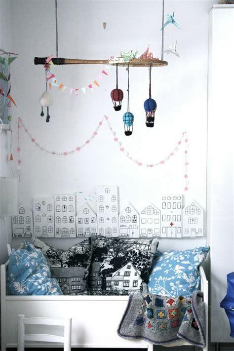 lustre pour chambre enfant le lustre chambre enfant qui vous fait r 234 ver archzine fr