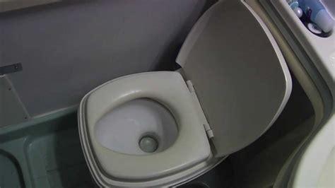 cerco box auto usato cer istruzioni per l uso corretto di un wc chimico