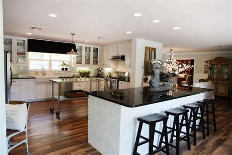 chip kitchen cabinets 27 best season 1 fixer hgtv images on 2183