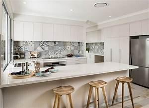 Küche Fliesenspiegel Höhe : fliesenspiegel in der k che ideen mit patchwork mustern ~ Michelbontemps.com Haus und Dekorationen