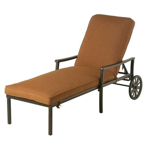 stratford chaise lounge