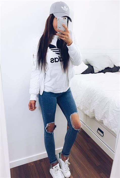 6952 best images about Teen Tumblr girl Fashion on Pinterest   Floral shorts Hipster and White ...