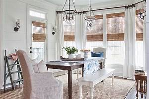 30 unassumingly chic farmhouse style dining room ideas With what kind of paint to use on kitchen cabinets for large nautical wall art