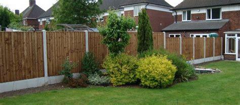 Fixing Garden Fence Panels To Make Your Garden Summer Safe