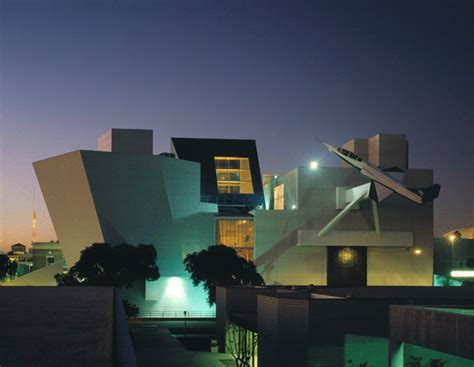 Trent Howell Arch 1390 Frank Gehry Case Study California