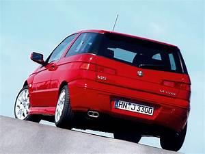 Alfa Romeo 145 : alfa romeo 145 1994 1995 1996 1997 1998 1999 2000 autoevolution ~ Gottalentnigeria.com Avis de Voitures
