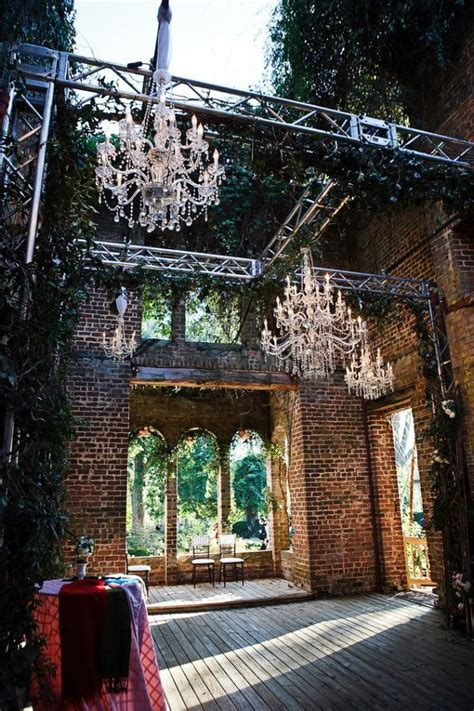 outside place 15 epic spots to get married in georgia that ll blow your guests away
