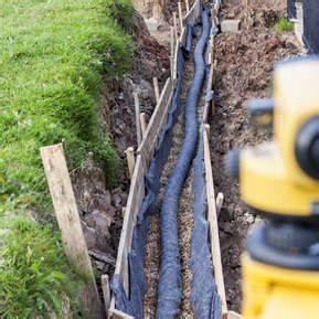 Drainagerohr Richtig Verlegen : drainage verlegen anleitung und tipps diy abc ~ Lizthompson.info Haus und Dekorationen