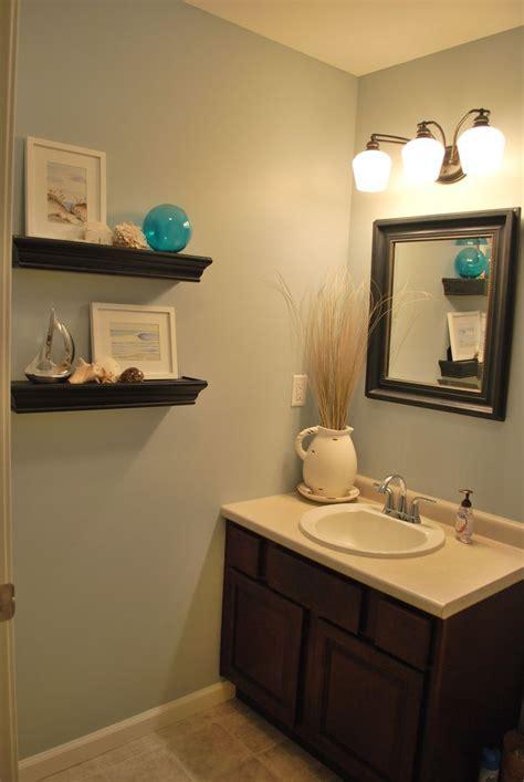 half bathroom decor ideas 1000 ideas about half wall decor on farmhouse