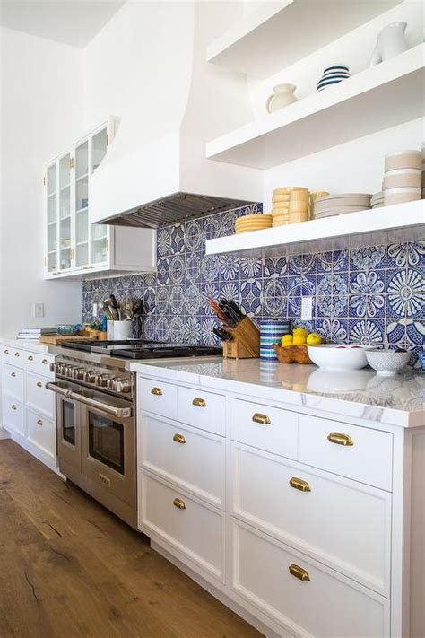 white kitchen with blue backsplash white and blue marble mosaic kitchen backspalsh 1832