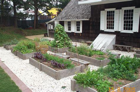 tips in a kitchen herb garden design herb garden