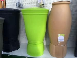 Petit Recuperateur Eau De Pluie : installer un r cup rateur d 39 eau de pluie pour arroser son ~ Premium-room.com Idées de Décoration