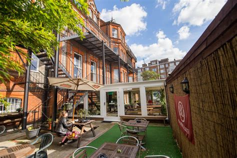 Swiss Cottage Hostel Palmers Lodge Swiss Cottage In Find