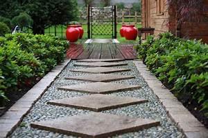 emejing fontaine de jardin originale ideas design trends With allee de jardin originale 8 terrasse et jardin en 105 photos fascinantes pour vous