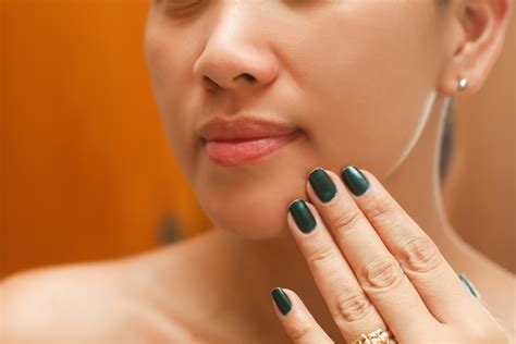 3 Ways To Get Rid Of Spots On Your Skin