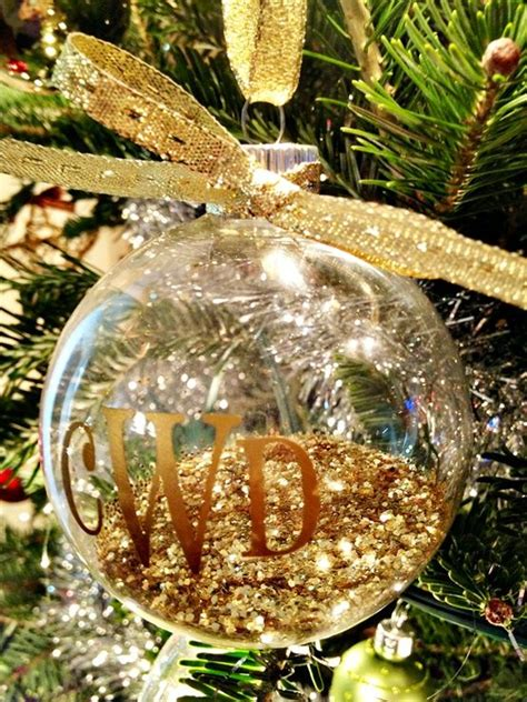 fill clear glass ornaments  ideas shelterness