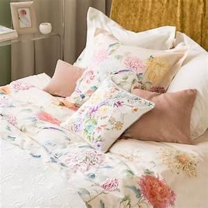 Bettwäsche Zara Home : bettw sche mit chrysanthemenprint bettw sche schlafen zara home sterreich gardiner ~ Eleganceandgraceweddings.com Haus und Dekorationen