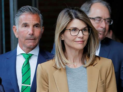 Actress Lori Loughlin starts prison term for role in ...