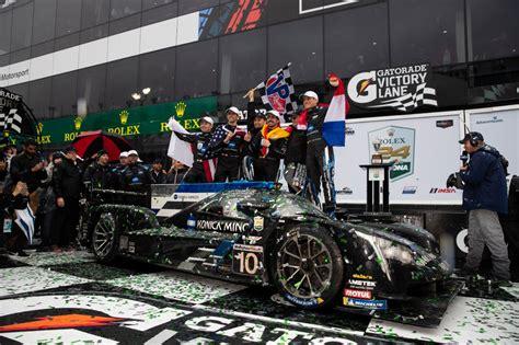 24 Horas De Daytona by Fernando Alonso Gana Las Famosas 24 Horas De Daytona