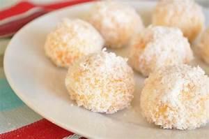 Noix De Coco Recette : boules la noix de coco les recettes de la cuisine de asmaa ~ Dode.kayakingforconservation.com Idées de Décoration
