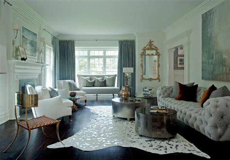 Living Room Ideas Blend Modern Glamour With Classic