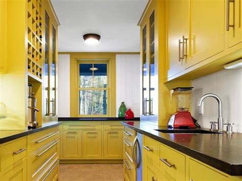 yellow paint  kitchens pictures ideas tips