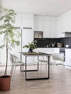 salon scandinave l39epoque du design minimaliste With idee deco cuisine avec mobilier design scandinave