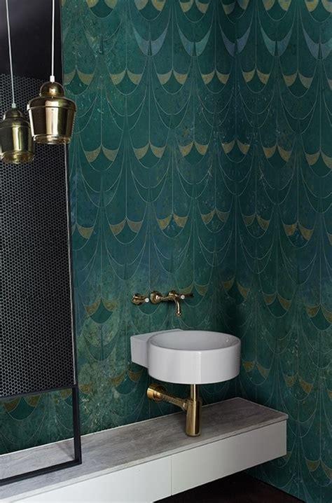 si鑒e pour salle de bain et si on installait le papier peint dans la salle de bains mariekke