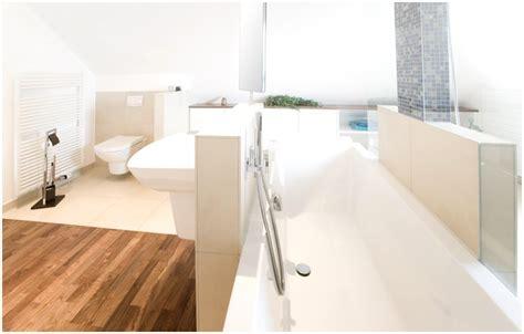 Badewanne Duschen Dachschräge