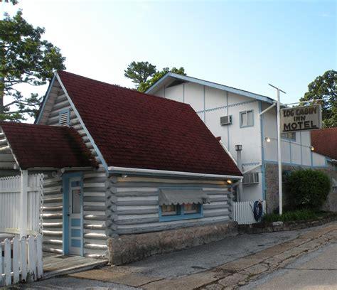 log cabins in arkansas log cabin inn eureka springs arkansas the