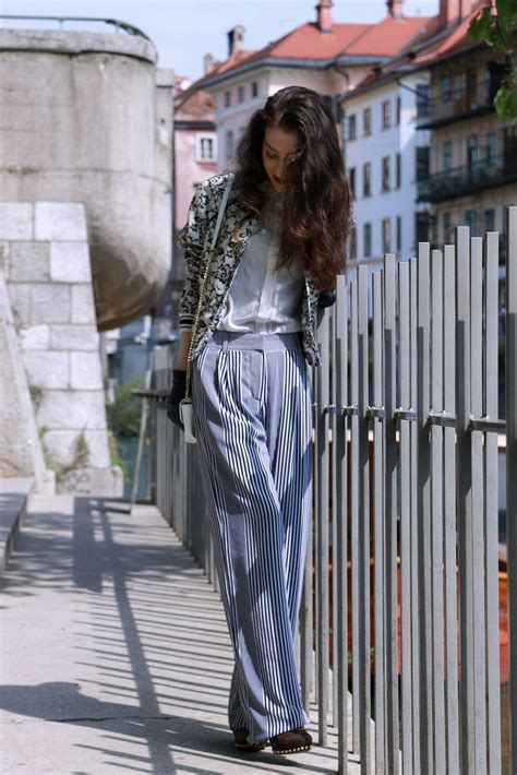 Fashion Blogger Veronika Lipar Of Brunette From Wall