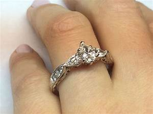 Engagement ring pear shape diamond engagement ring for Wedding bands for pear shaped rings