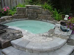 48 awesome garden hot tub designs digsdigs for Hot tub design ideas