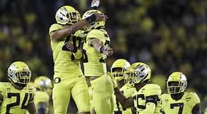 Four Pac-12 Football Teams Ranked, Top-25 Matchup opens ...