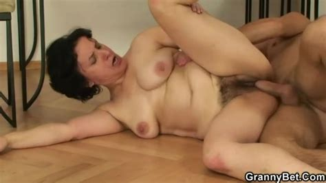 Hairy Mature Cunt Fucked After Blowjob Mature Porn