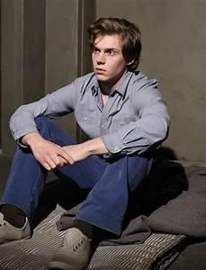 Evan Peters as Kit Walker | American Horror Story Asylum ...